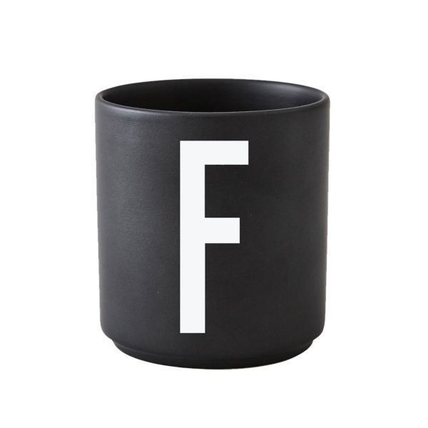 design-letters-cup-black-f-tykky