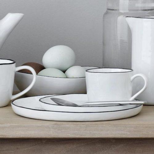broste copenhagen salt kop en schotel groot tykky. Black Bedroom Furniture Sets. Home Design Ideas