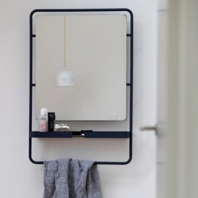 designbite big hug mirror spiegel midnight blue donkerblauw bone grijs