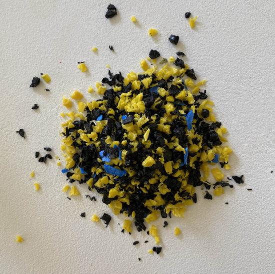 Smallrevolution mabel sesame zwart geel black yellow kruk stool tykky kleinmeubels