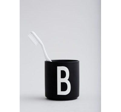 design letters cup black mok beker tassen b mood tykky servies geschirr woonaccessoires keukenaccessoires