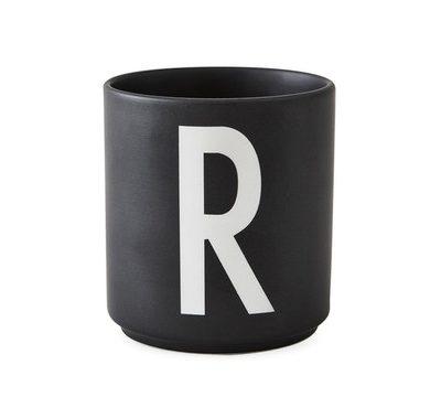 design letters favourite favorite cup beker mok black zwart R tykky keuken servies accessoires woonaccessoires