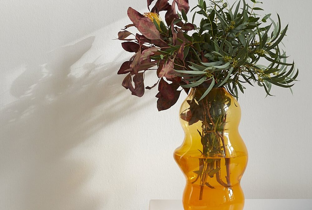 Fundamental Berlin Muse Vase L – Saffron