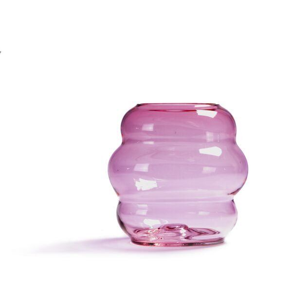 Fundamental Berlin Muse Vase M – Rubine